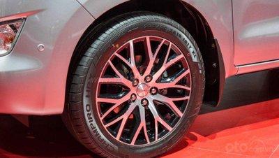Toyota Innova Diesel đối mặt với thử thách mới