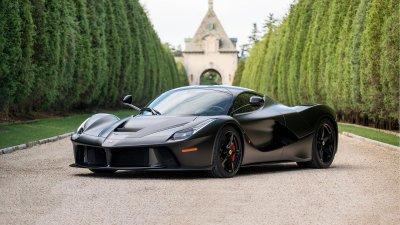 Son Heung-min sở hữu Ferrari LaFerrari
