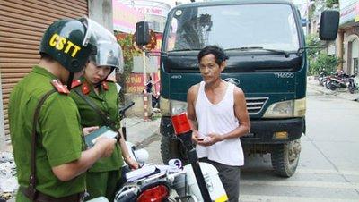 Cảnh sát trật tự có được dừng xe, xử phạt vi phạm không? 1a