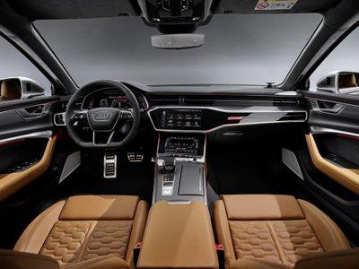 Không gian nội thất của Audi RS6 Avant 2020