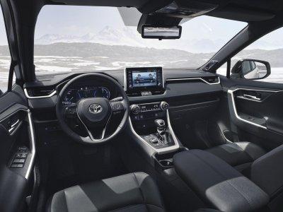 Toyota RAV4 2019 về Việt Nam, đắt gấp đôi Honda CR-V, Mazda CX-5 a3