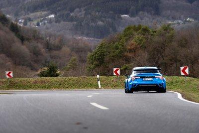 Ô tô Trung Quốc Lynk & Co 03 Cyan Concept lập kỷ lục về tốc độ a10