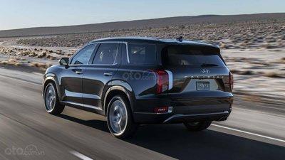Hyundai Palisade 2020 trên đường cao tốc