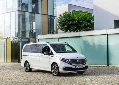Mercedes-Benz EQV 2020 lộ diện