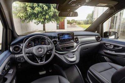 Mercedes-Benz EQV 2020 trang bị tân tiến