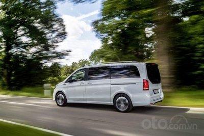 Mercedes-Benz EQV 2020 giữ lối tạo hình sang trọng
