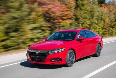 Rẻ nhất phân khúc tại Mỹ, nhưng Honda Accord 2019 có rẻ tại ASEAN? a2