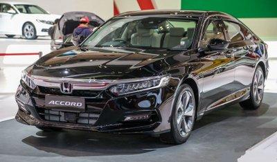 Top 10 ô tô Honda tốt nhất năm 2019- Honda Accord 2019.