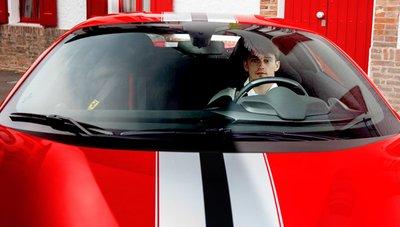 Charles Leclerc và Ferrari 488 Pista Spider