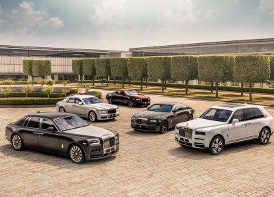 Chi tiết bảng giá xe Rolls-Royce chính hãng tại Việt Nam.