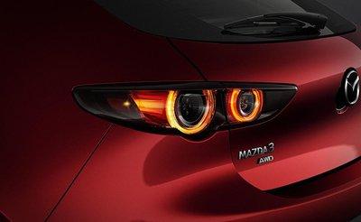 Mazda 3 2020 bán giá đắt hơn nhờ thêm trang bị a8