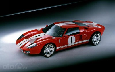 Ford GT 2005.