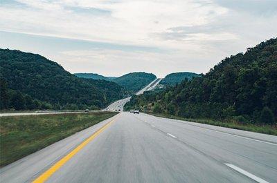 Những điều cần lưu ý khi chọn mua ôtô chạy đường dài