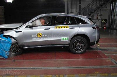 Mercedes-Benz EQC đạt điểm an toàn năm sao từ Euro NCAP.