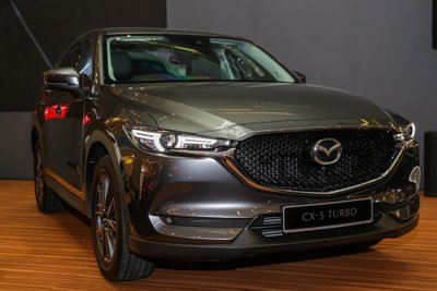 Mazda CX-5 2.5L Turbo AWD cập bến Malaysia.