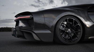 Bugatti Chiron trang bị lốp Michelin Sport Cup 2 để đạt kỷ lục tốc độ