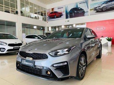Top 10 xe bán chạy nhất Việt Nam tháng 8 năm 2019 a7
