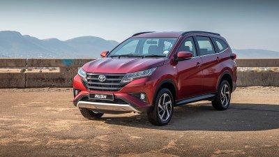 Doanh số Toyota Rush tăng so với tháng 7.