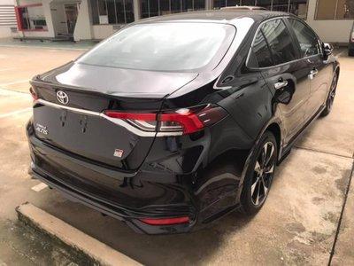 Thêm ảnh Toyota Corolla Altis 2020 bản GR Sport  a3