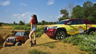 Người đẹp Việt khoe vẻ khỏe khoắn bên Toyota Hilux - Ảnh 8.