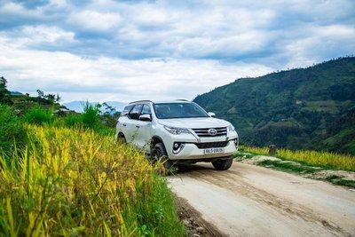 Động cơ dầu của Toyota Fortuner vừa mạnh mẽ mà vẫn tiết kiệm.