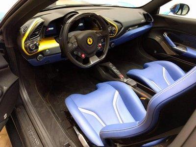 Chiếc Ferrari J50 hiếm hoi trên thế giới được rao bán với giá 7 triệu USD a3