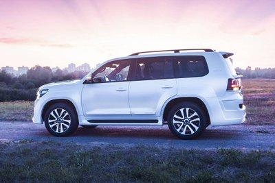Ngắm bản độ hầm hố nhưng vẫn giữ chất sang chảnh của Toyota Land Cruiser a5
