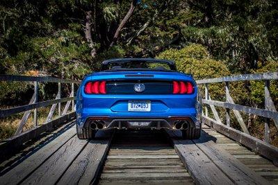 5 lý do tại sao động cơ EcoBoost trên Ford Mustang tốt hơn động cơ V8..