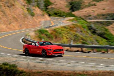 5 lý do tại sao động cơ EcoBoost trên Ford Mustang tốt hơn động cơ V8.