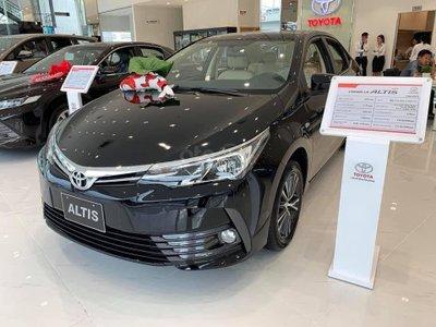 Đại lý Toyota đang ưu đãi, giảm giá những mẫu xe nào? a13