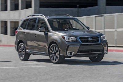 Subaru Forester tại Việt Nam bị triệu hồi do lỗi nắp máy động cơ 1