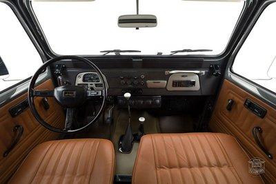 Sau quá trình phục chế, Toyota Land Cruiser nâng giá ngang siêu xe a7