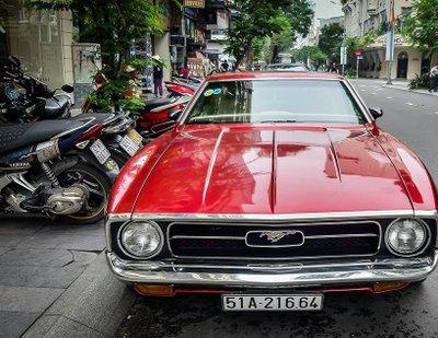 """Tóm gọn """"ngựa hoang"""" Ford Mustang Grande 1971 trên phố Sài Gòn a7"""