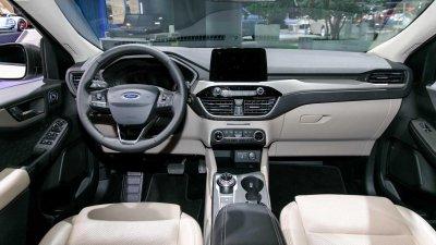 Ford Escape 2020 nhận đặt cọc, lộ phiên bản động cơ tại Việt Nam a3