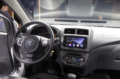 Giá phụ kiện chính hãng của Toyota Wigo - Ảnh 1.
