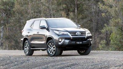 Toyota Fortuner 2020 tích hợp tiêu chuẩn phanh AEB