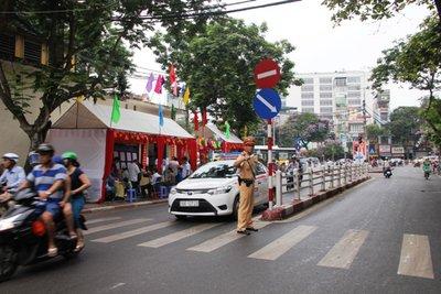 Hà Nội tổ chức phân luồng giao thông