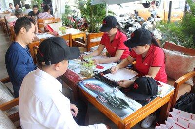 Cận cảnh không khí sôi động tại sự kiện cà phê lái thử Oto.com.vn 14