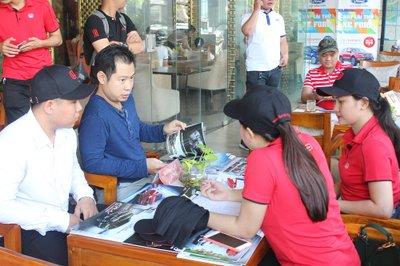 Cận cảnh không khí sôi động tại sự kiện cà phê lái thử Oto.com.vn 2