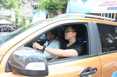 Cận cảnh không khí sôi động tại sự kiện cà phê lái thử Oto.com.vn 9