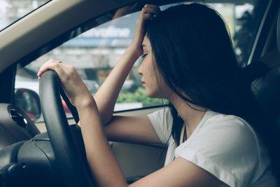 7.Lái xe trong khi mệt mỏi và căng thẳng.
