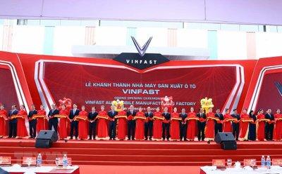 Nhà máy VinFast được xây dựng từ một vùng đầm lầy