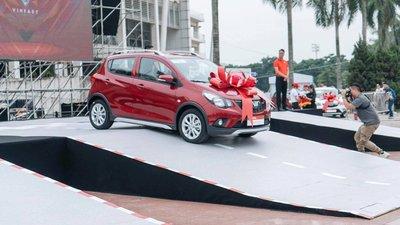 650 xe VinFast Fadil đã được bàn giao cho khách Việt