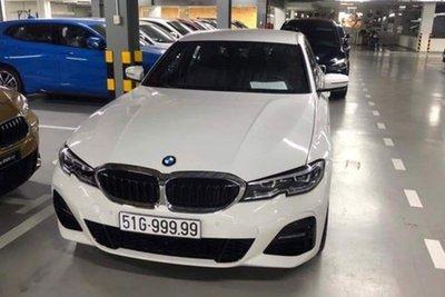 BMW 330i biển ngũ quý 9 gây xôn xao ở Sài Gòn a3
