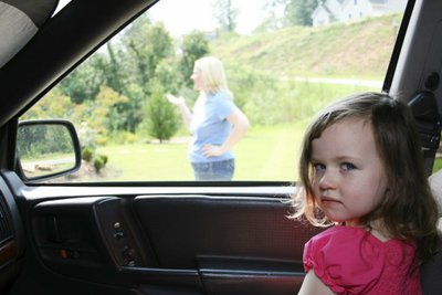 "Benzen - kẻ giết người ""thầm lặng"" trong xe hơibn"