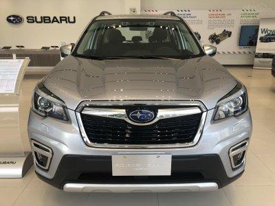 Subaru Forester giảm giá khủng trong tháng 11.