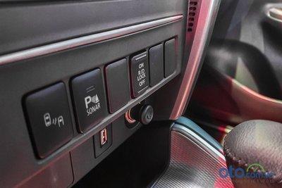 Ngoài khoá vi sai trung tâm, phiên bản cao cấp của Mitsubishi Triton 2020 sẽ được bổ sung thêm khoá vi sau cầu sau.