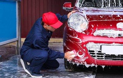 Tự rửa xe tại nhà có thể khiến xe dễ hỏng hơn.