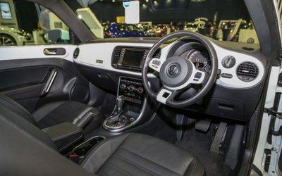 Volkswagen Beetle Retro edition trang bị hiện đại