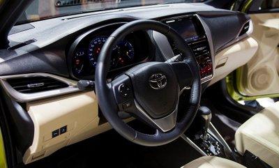 Thông số nội thất Toyota Yaris 2020.